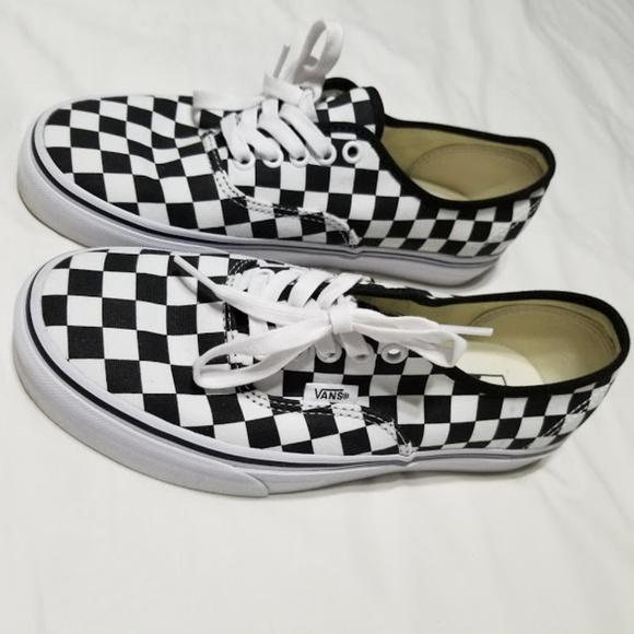 Vans Authentic Checkerboard Black True White. M 5abed98edaa8f6561ef5422c 0a8997b274